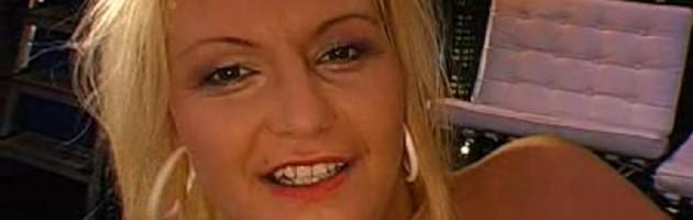 Jenny (2004, bionda) 2